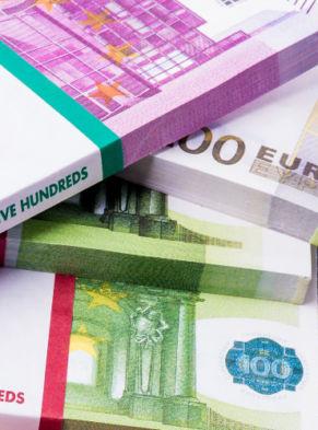 _0004_euros-cash
