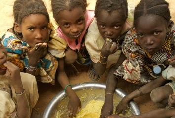 _0004_mali-childrenfoodschool-wp