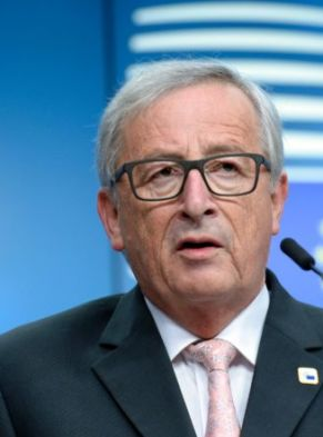 """European Union Commission President Jean-Claude Juncker delivers a press conference following a Special Meeting of the European Council at the EU Council building in Brussels on April 29, 2017. The EU needs a """"serious British response"""" to its demands to protect citizens' rights, EU President Donald Tusk said on April 29, setting terms for launching new ties with the bloc after Brexit. / AFP PHOTO / THIERRY CHARLIER        (Photo credit should read THIERRY CHARLIER/AFP/Getty Images)"""