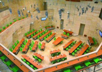 parlament_vojt